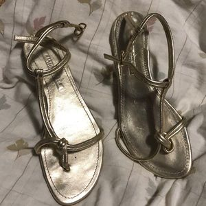 Ralph Lauren Gold Flat Sandals. Size 8
